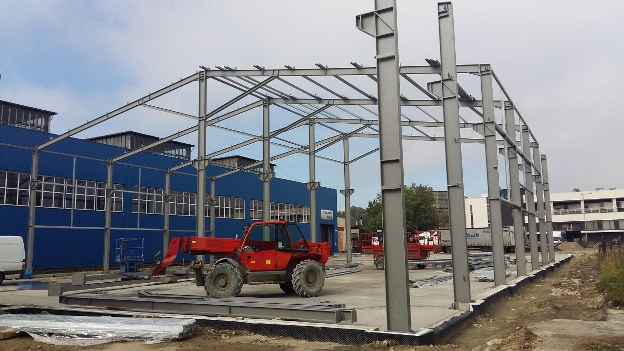 Jak wznieść stabilny szkielet masywnej konstrukcji? Używając profili stalowych wysokiej jakości!